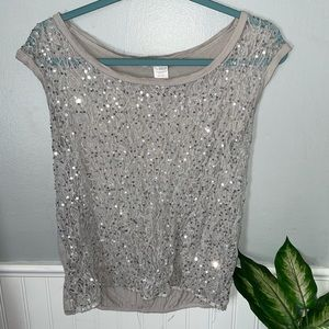 {CHARLOTTE RUSSE} Sequin Stitched Top